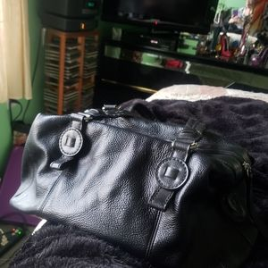 Liz Claiborne Bags - Liz Clairborne Black Leather Satchel Hangbag